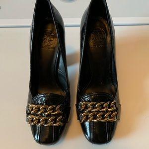 Tory Burch loafer heels!